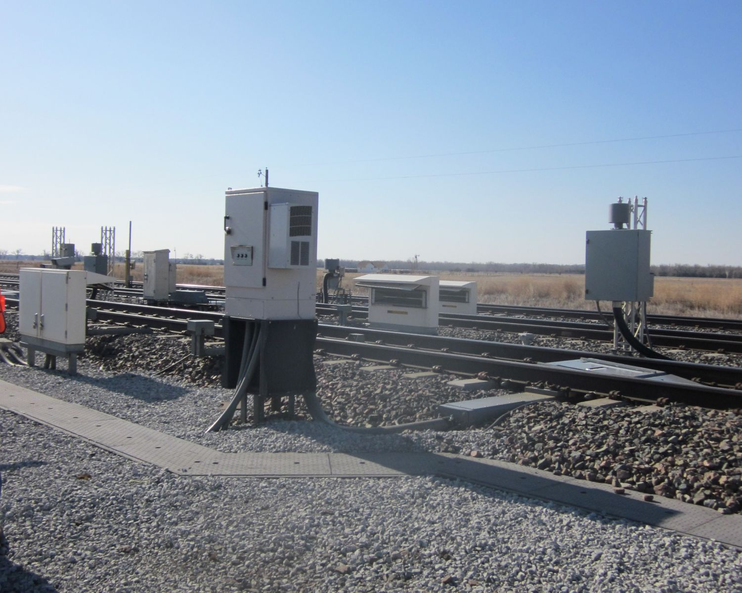 sfx17 outdoor enclosure trackside in positive train control application